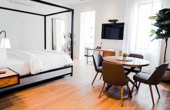 Exclusive Quadruple Room