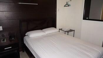 Sulit Place Quezon City Guestroom