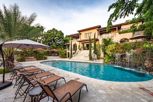 Villa Thérèse, Port-au-Prince