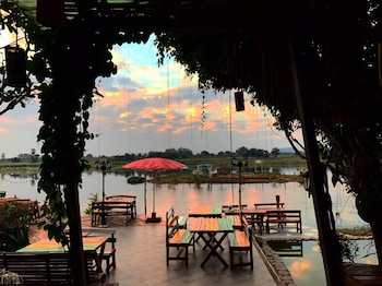 Golden Lake View Boutique Resort - Dining  - #0