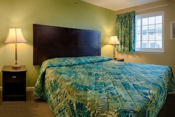 Guestroom at Buckingham Hotel in Ocean City