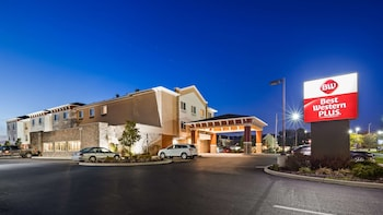 Hotel - Best Western Plus Boardman Inn & Suites