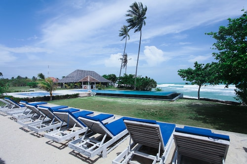 Trikora Beach Club & Resort, Bintan