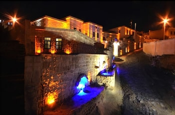 Hotel - Sinasos Palace Cave Hotel