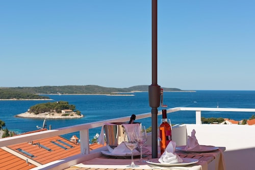 Boutique Apartments Seputic, Hvar