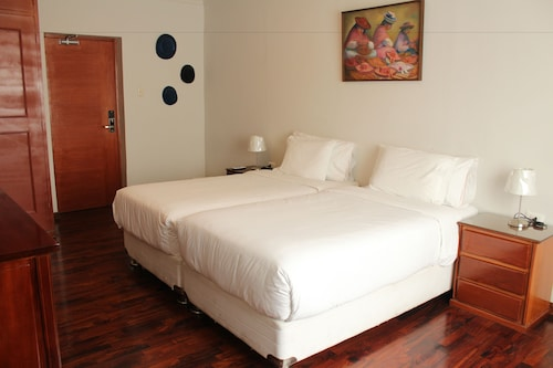 Casa Serena, Lima