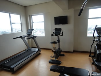 Cebu R Hotel - Mabolo Branch Gym