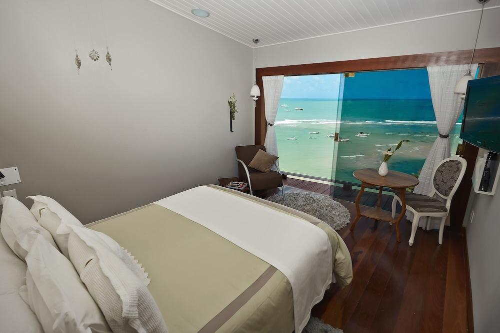 https://i.travelapi.com/hotels/10000000/9470000/9470000/9469934/6cfe9823_z.jpg