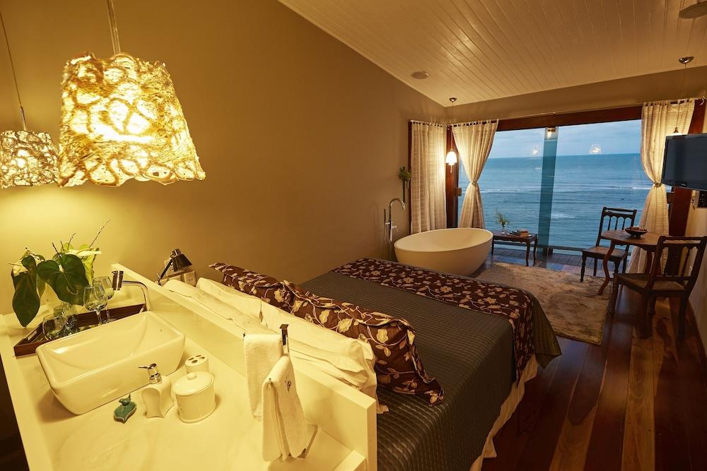 https://i.travelapi.com/hotels/10000000/9470000/9470000/9469934/f73322ad_z.jpg