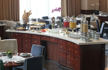 Makati Diamond Residences Breakfast buffet