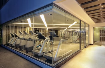 Makati Diamond Residences Gym