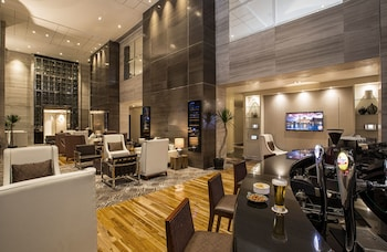 Makati Diamond Residences Hotel Lounge