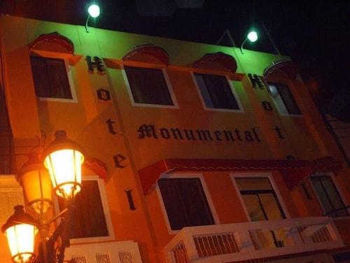 Hotel Monumental, Distrito Nacional