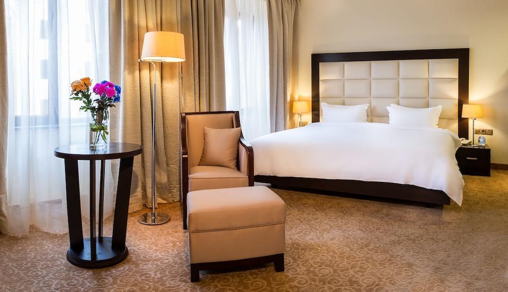 Paris Hotel Yerevan,