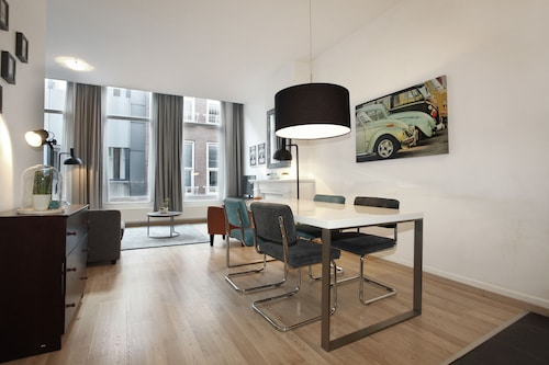 Stayci Apartments Grand Place, Den Haag