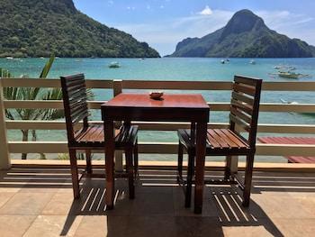El Nido Beach Hotel Balcony