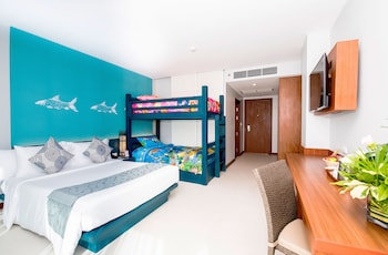 Family Suite with Bunk Bed