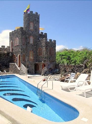 La Fortaleza De Haro, Santa Cruz