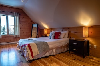 RCNT Chalets - Guestroom  - #0