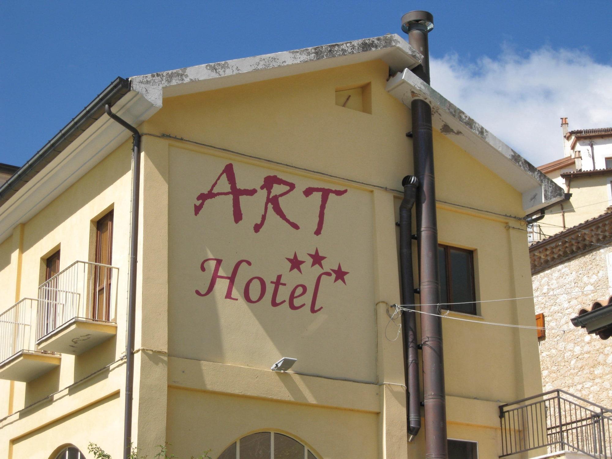Art Hotel, L'Aquila