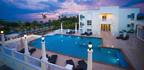 . Krabi Front Bay Resort