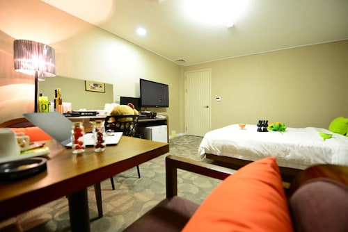 Hoseo Hotel, Asan