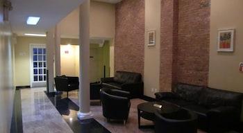 Macy Empire Apartments photo