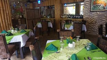Score Birds Hotel Pampanga Restaurant