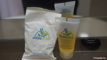 Score Birds Hotel Pampanga Bathroom Amenities
