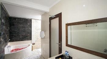 Bali Asih Villa - Bathroom  - #0