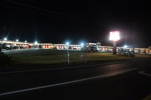 A-1 Budget Motel, Klamath