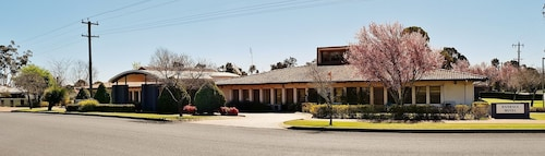. Banksia Motel Collie