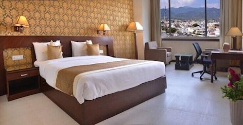 . Devashish Hotel
