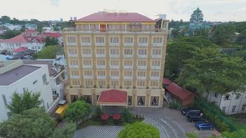 レノ ホテル