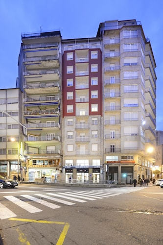 . Hotel Miño
