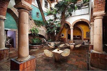 Hotel - Hotel Los Arcos