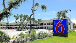 Motel 6 Rockport, TX