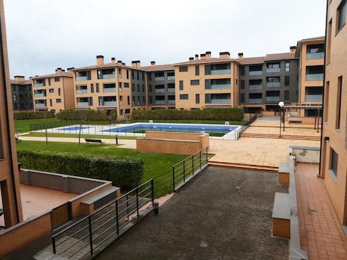 . Apartamentos Jaca 3000