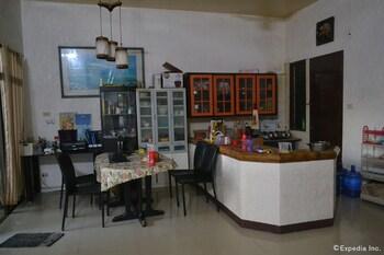 Dee Guesthouse Cebu Lobby