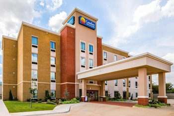 Oklahoma City Vacations - Comfort Inn & Suites Newcastle - Oklahoma City - Property Image 4