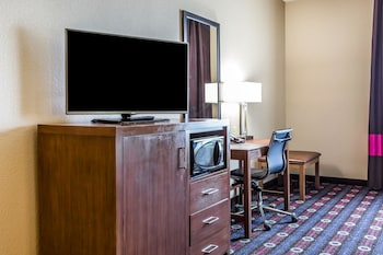 Comfort Inn & Suites Newcastle - Oklahoma City photo