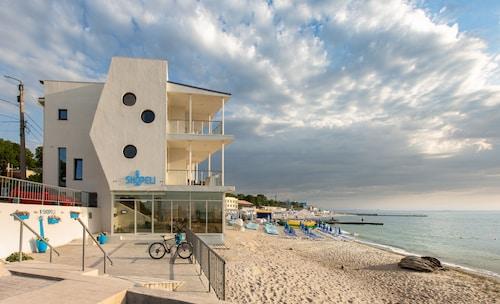. Design - hotel Skopeli