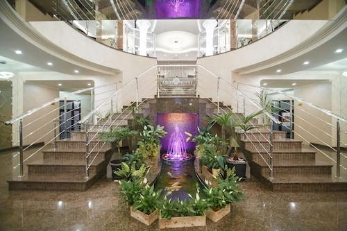 __{offers.Best_flights}__ Premier Hotel Abri