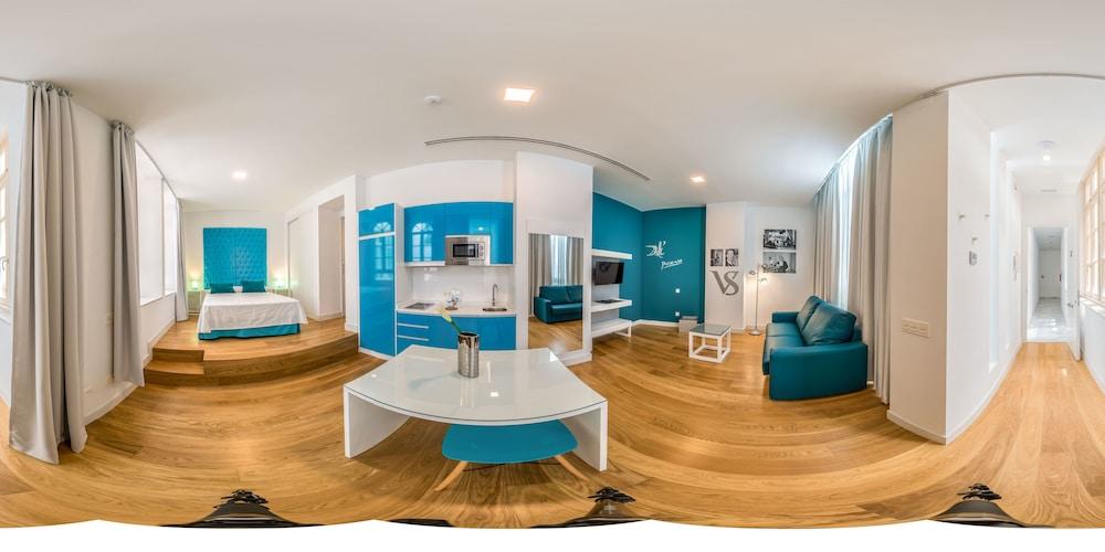 Picasso Suites Málaga Apartamentos, Featured Image