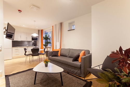 . ApartDirect Solna