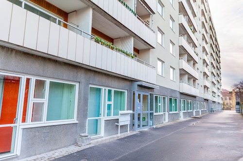 ApartDirect Solna, Solna