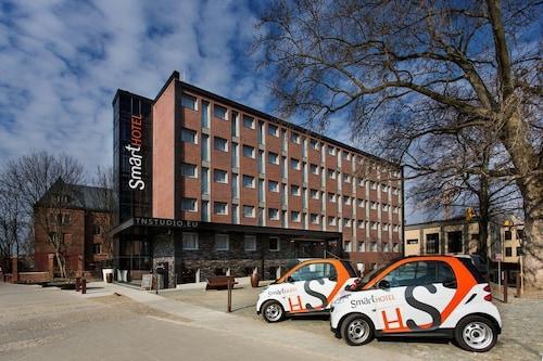 . Smart Hotel Garnizon