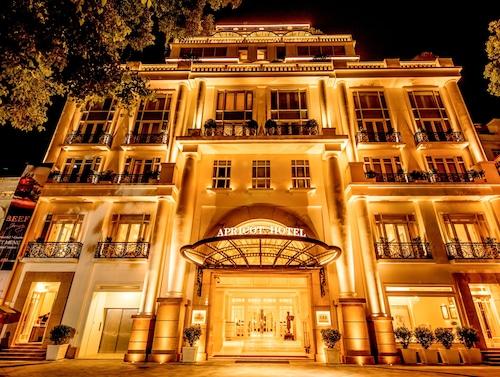 . Apricot Hotel