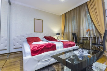 Lazar Lux Apartments