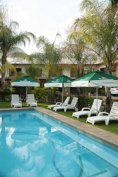 Palm Valley Inn